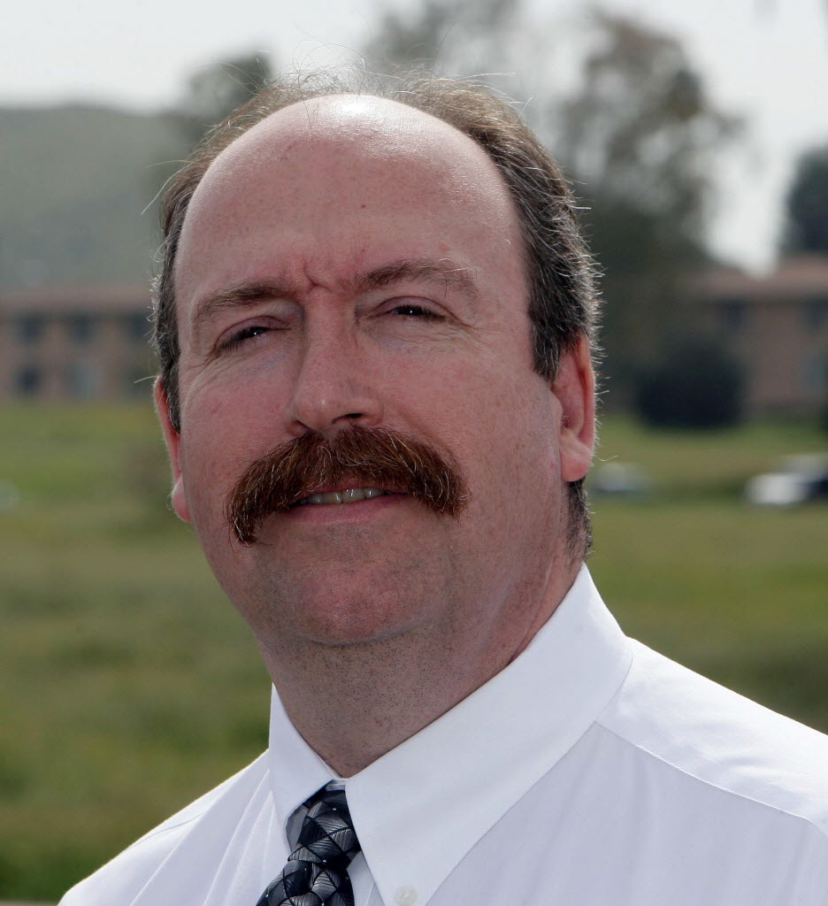 279973 bytes; 2136 x 2336; SMANAGER18dFDB.jpg (03/17/11, Menifee, Metro) Mug of Menifee's new city manager, Bill Rawling in Sun
