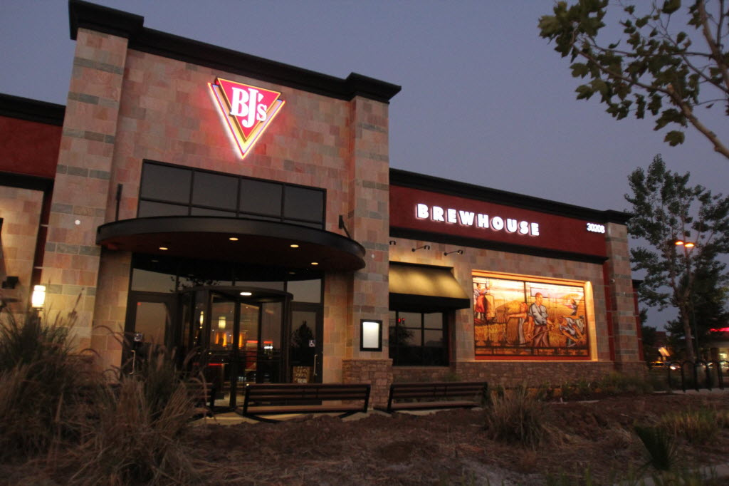 394694 bytes; 2592 x 1728; BJ's Restaurant and Brewhouse is scheduled to open in Menifee on Aug. 20.