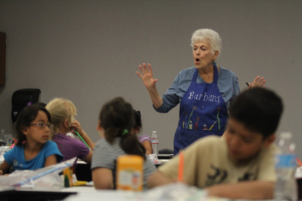 320251 bytes; 2592 x 1728; Barbara Appleton, a member of Arts Council Menifee, teaches a class of 8- to 9-year-olds during a su