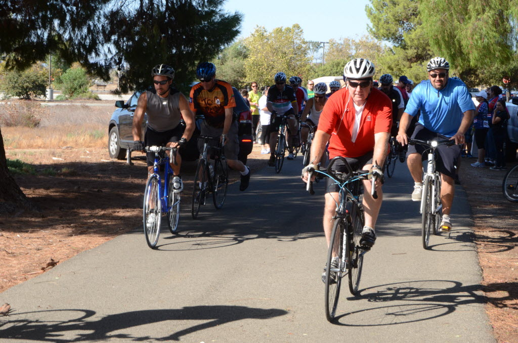 1692030 bytes; 4928 x 3264; Riders take off at the beginning of the training ride Sept. 7 at the Lake Perris State Recreation Ar