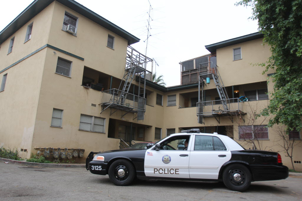 1720205 bytes; 2592 x 1728; Police investigate an attempted homicide at an apartment building in downtown Riverside on March 21,